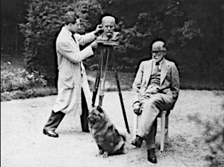 Nemon and Freud and Yofi at Freud's summer home, 1931